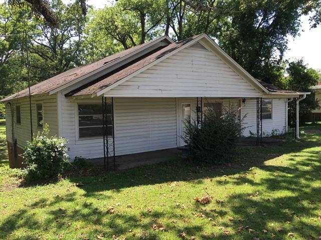 821 Gilmer Avenue, TALLASSEE, AL 36078 (MLS #114904) :: Ludlum Real Estate