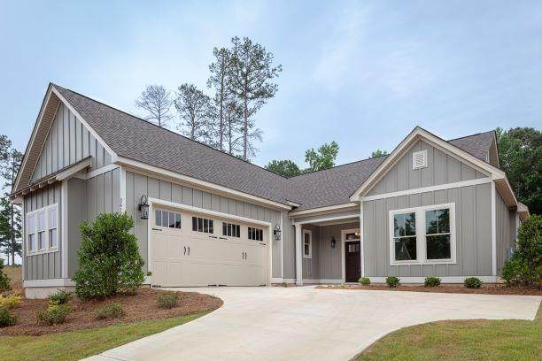 3617 Eagle Trail, OPELIKA, AL 36801 (MLS #136023) :: Crawford/Willis Group