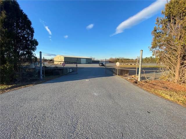 585 Daniels Road, Lower Nazareth Twp, PA 18064 (#657560) :: Jason Freeby Group at Keller Williams Real Estate