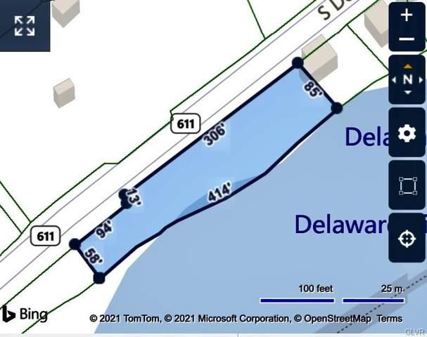 4650 N Delaware Drive, Lower Mt Bethel Twp, PA 18013 (#662046) :: Jason Freeby Group at Keller Williams Real Estate