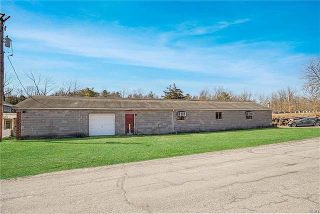 943 Old Bangor Road, Plainfield Twp, PA 18072 (#662486) :: Jason Freeby Group at Keller Williams Real Estate