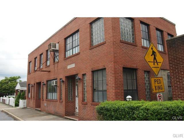 326 Washington Street, Walnutport Borough, PA 18088 (MLS #554651) :: RE/MAX Results