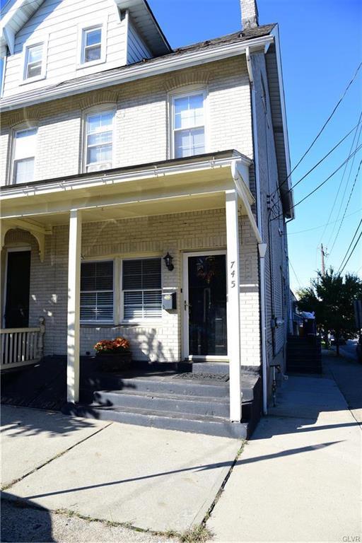 745 High Street, Bethlehem City, PA 18018 (MLS #561071) :: Keller Williams Real Estate