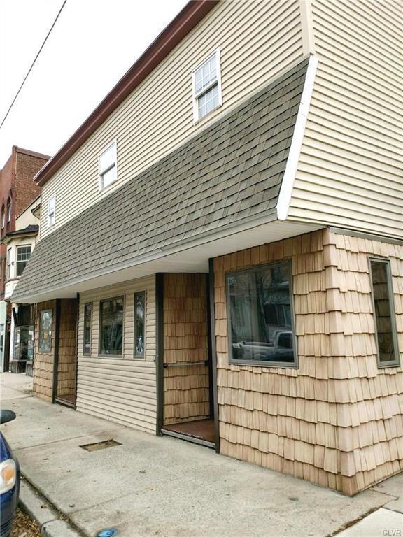 131 S 1st Street, Lehighton Borough, PA 18235 (MLS #566287) :: RE/MAX Results
