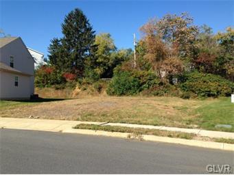 117 Highlands Circle #25, Easton, PA 18042 (MLS #570250) :: Jason Freeby Group at Keller Williams Real Estate