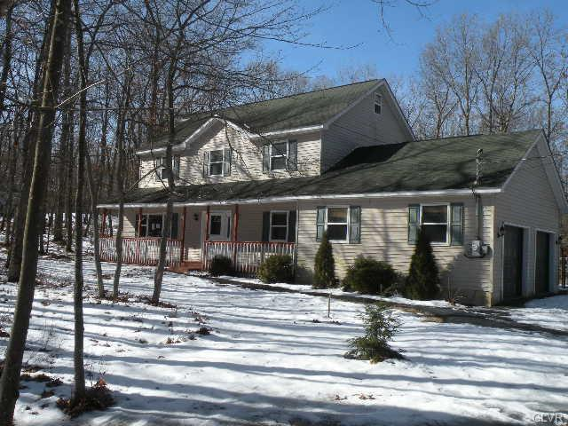 332 Kilmer Trail, Penn Forest Township, PA 18210 (MLS #571605) :: RE/MAX Results