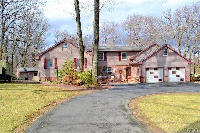 4614 Beagle Drive, Lehigh Township, PA 18088 (#604498) :: Jason Freeby Group at Keller Williams Real Estate