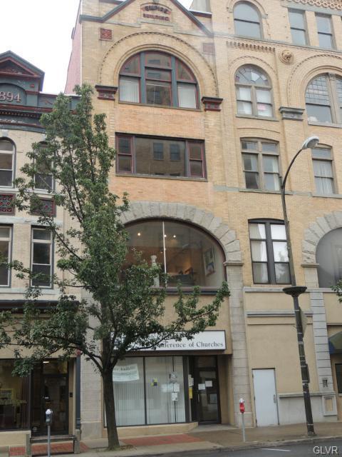 542 Hamilton Street - Photo 1