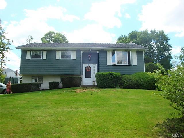 6002 Garden, Upper Milford Twp, PA 18068 (MLS #612099) :: Keller Williams Real Estate