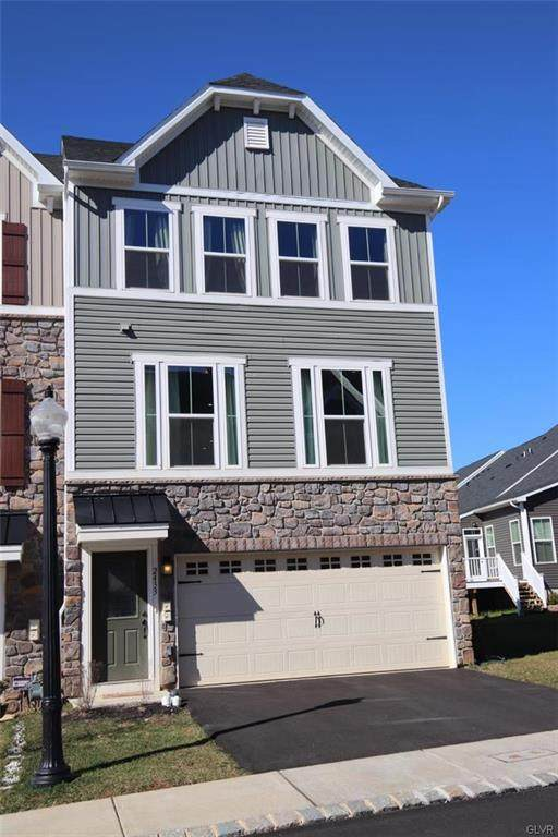 2433 Emanuel Court, Bethlehem Twp, PA 18045 (MLS #634794) :: Justino Arroyo | RE/MAX Unlimited Real Estate