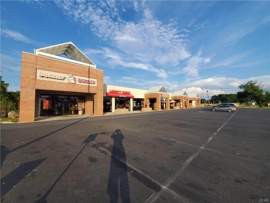 1403-N Cedar Crest Boulevard - Photo 1