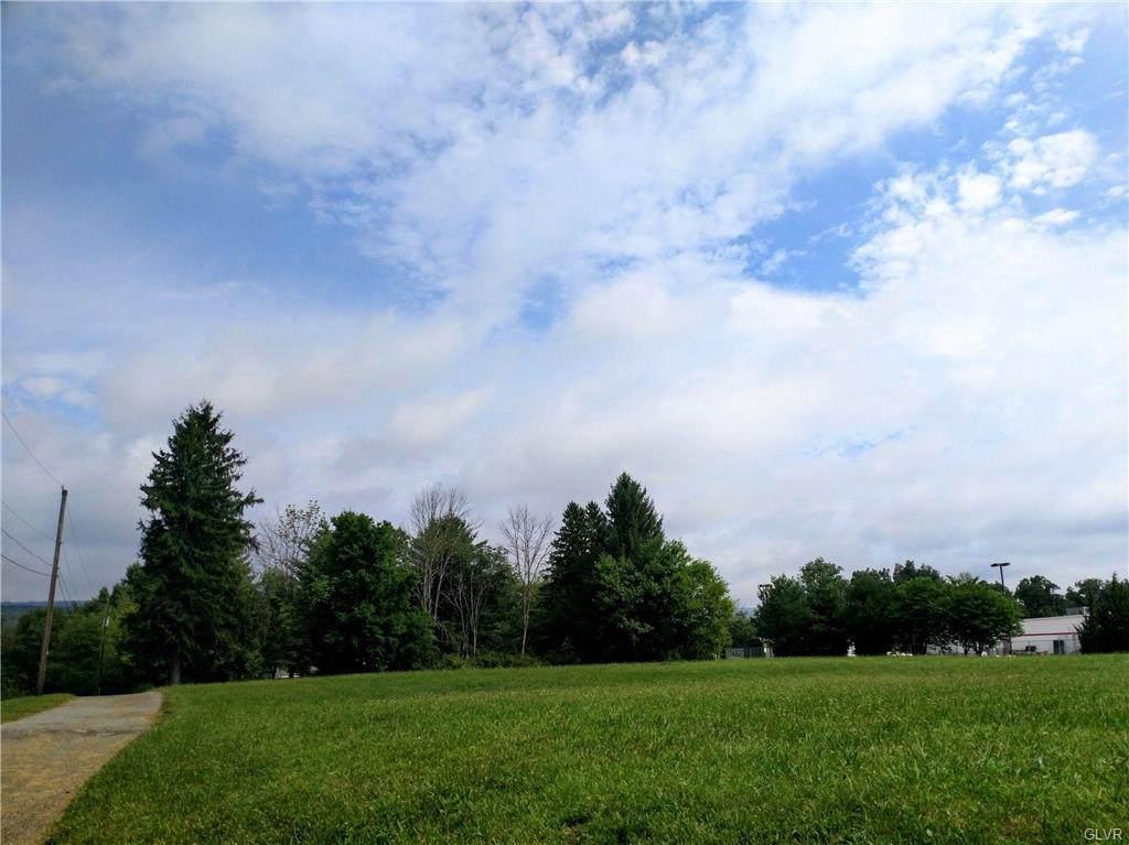 Blakeslee Boulevard - Photo 1
