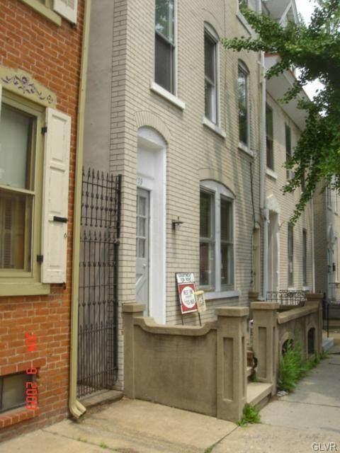 1139 Turner Street - Photo 1