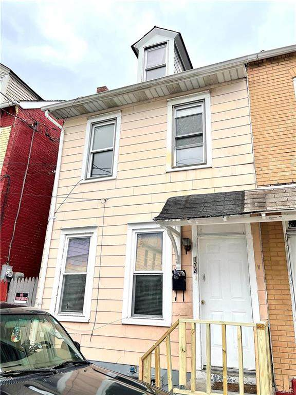174 Pine Street - Photo 1