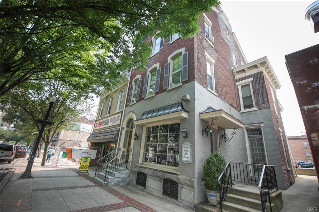 962 Hamilton Street - Photo 1