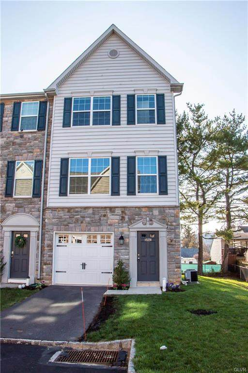1528 Brookstone Place, Hellertown Borough, PA 18055 (#664876) :: Jason Freeby Group at Keller Williams Real Estate