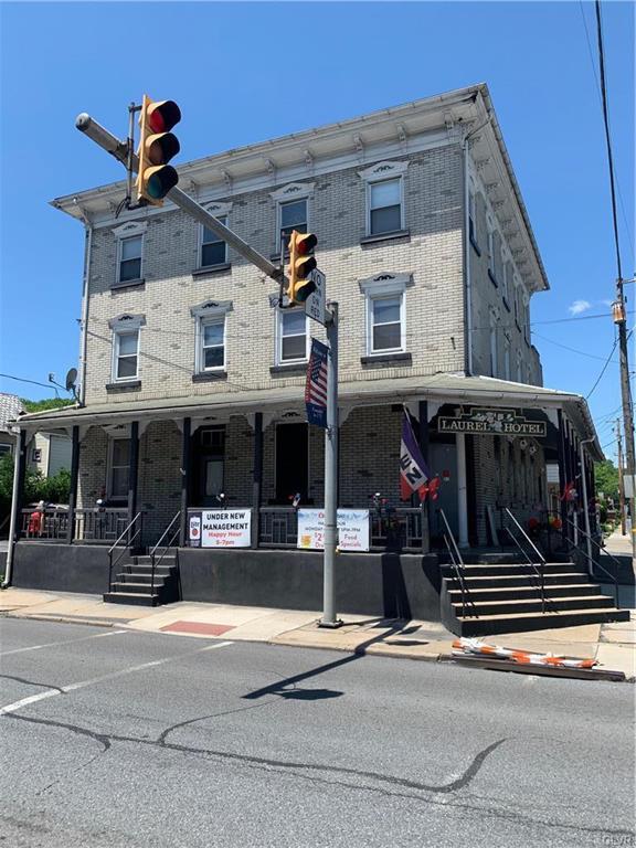 5201 Main, Whitehall Twp, PA 18052 (MLS #610883) :: Keller Williams Real Estate