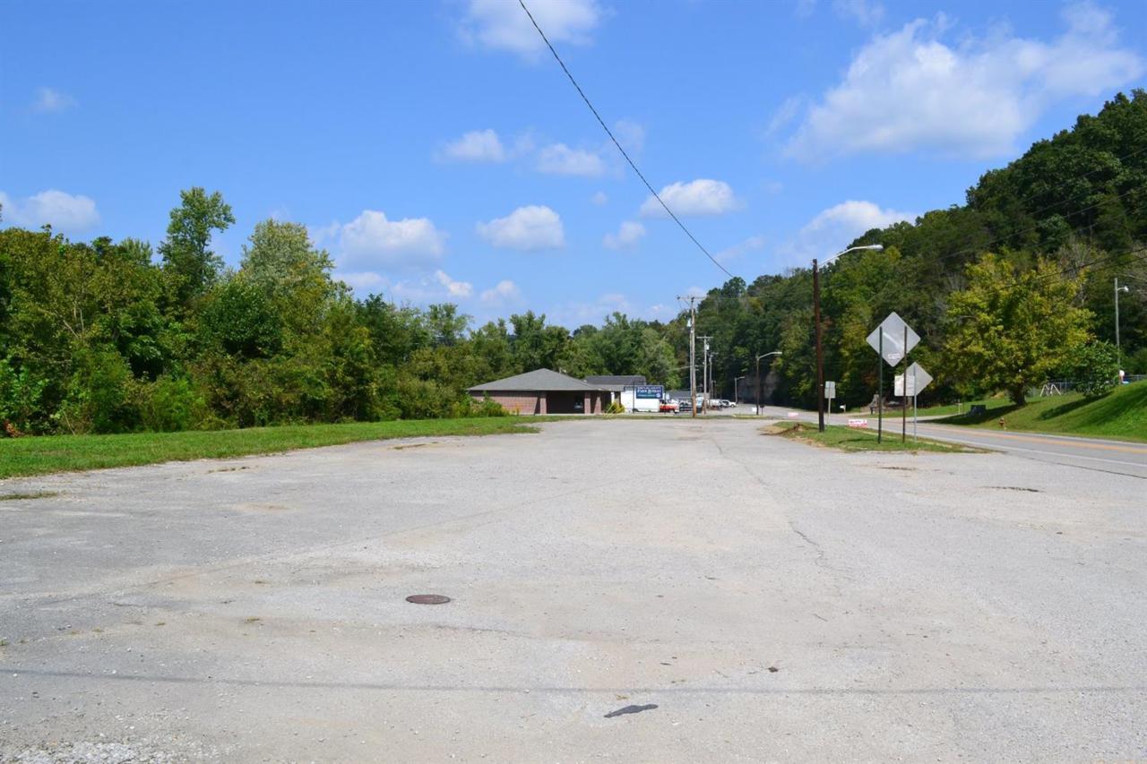 631 Highway 25 - Photo 1