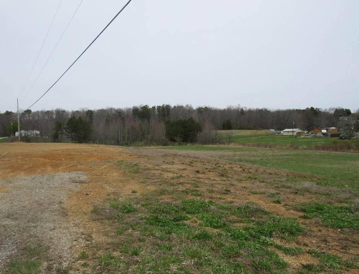 1025 Horse Creek Rd - Photo 1