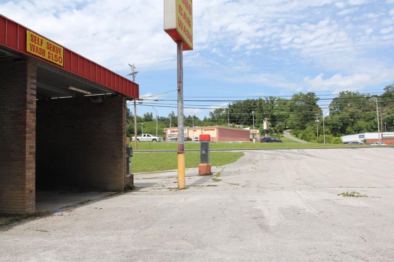 2009 Main Street - Photo 1