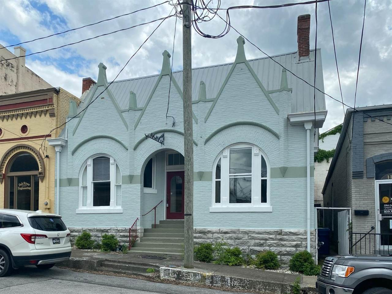 110 Poplar Street - Photo 1