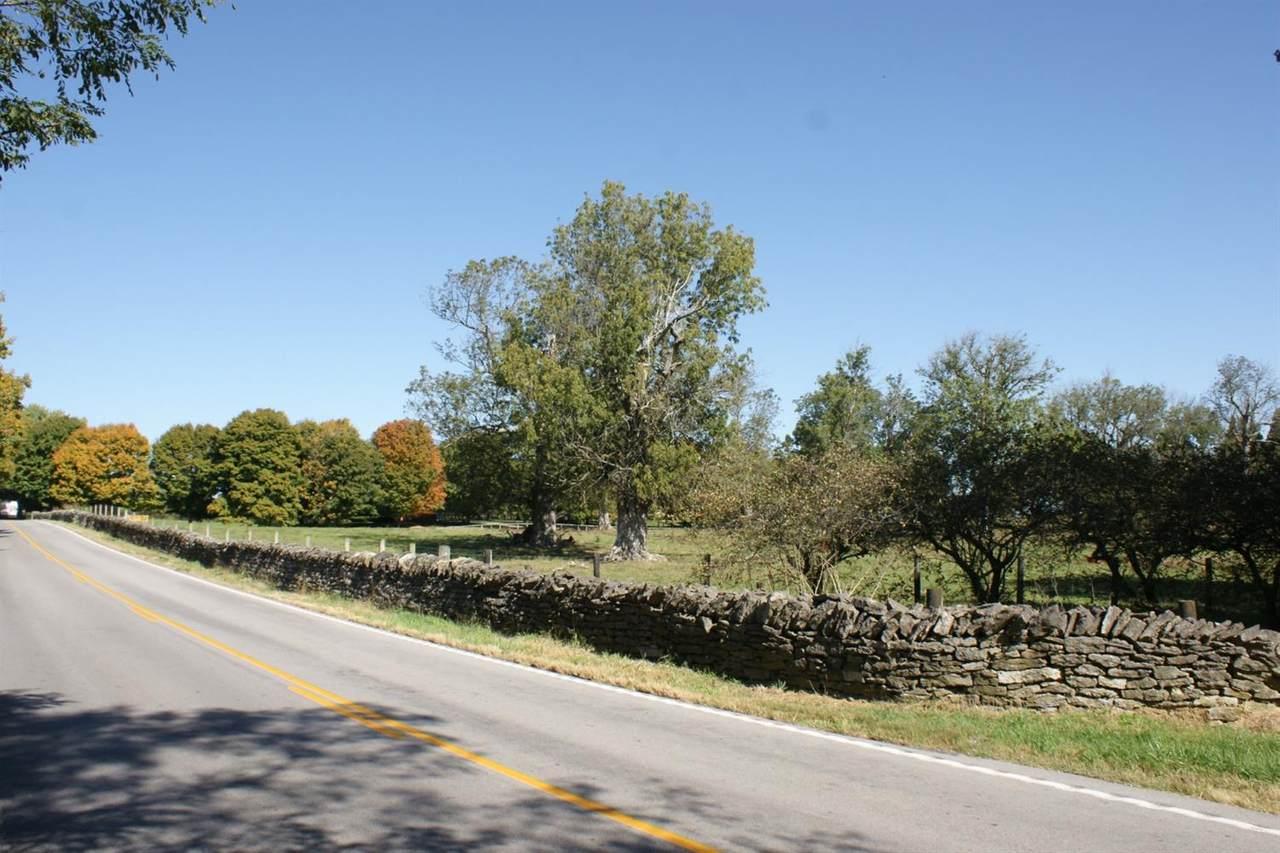 1261 Winchester Road - Photo 1