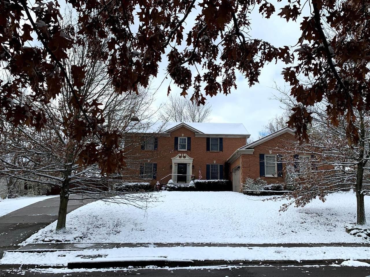 4683 Laurelwood Drive - Photo 1
