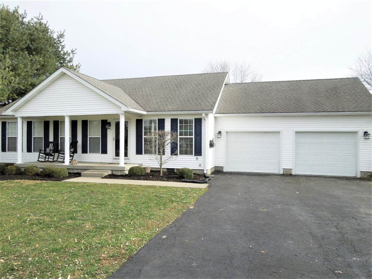 120 Country Dr - Photo 1