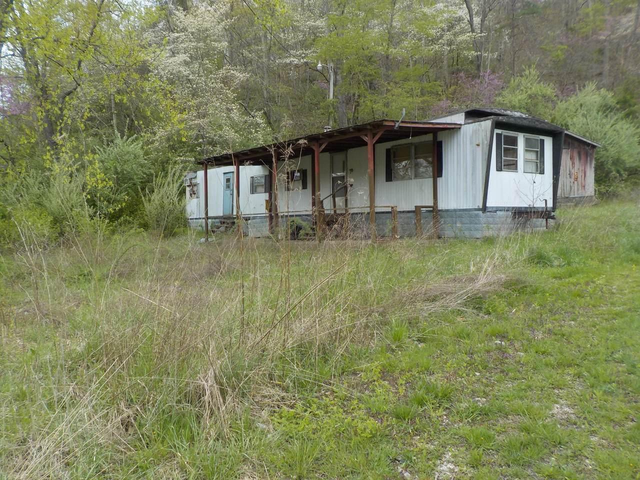 816 Centerville Road - Photo 1
