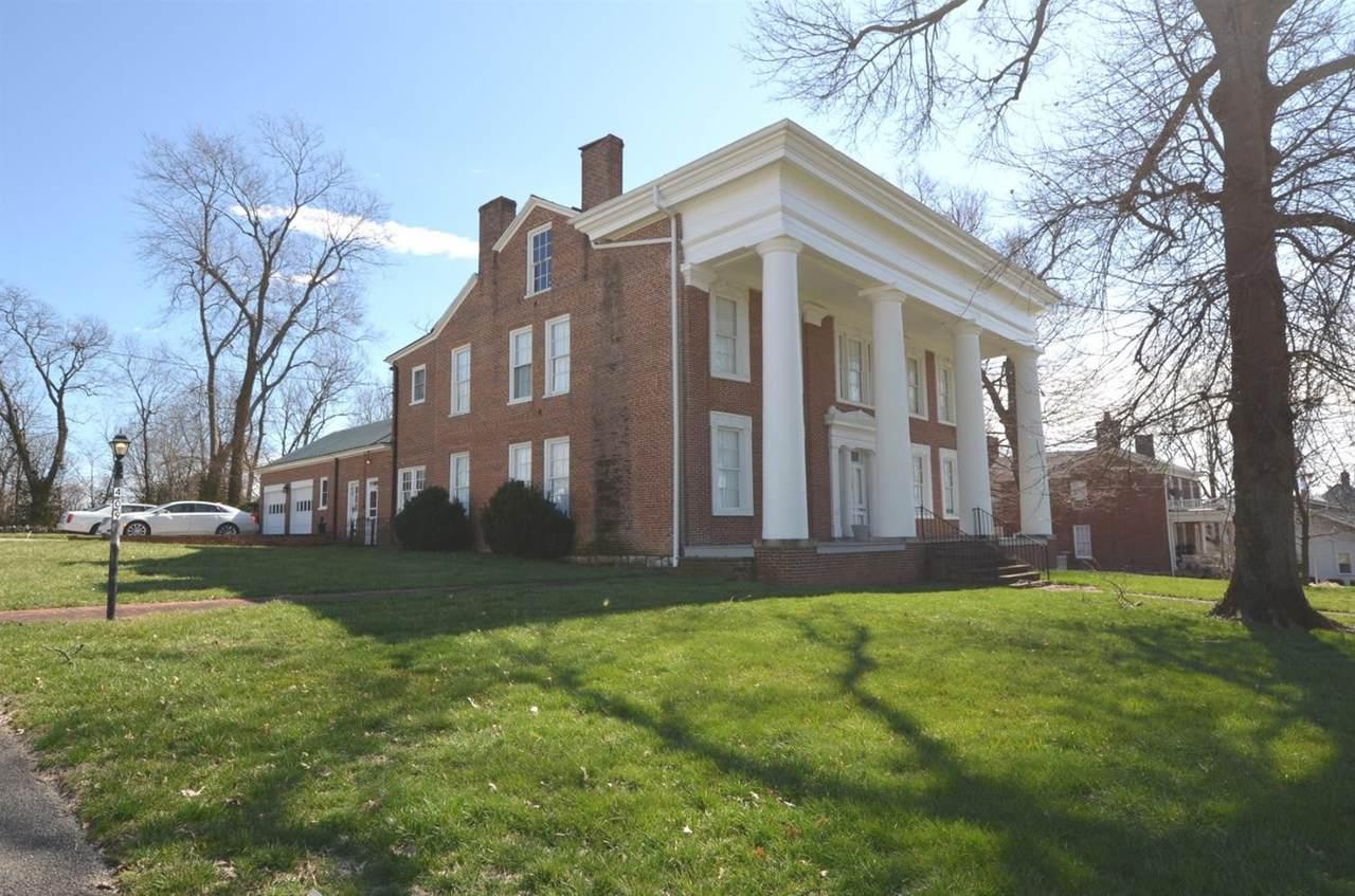 409 College Street - Photo 1
