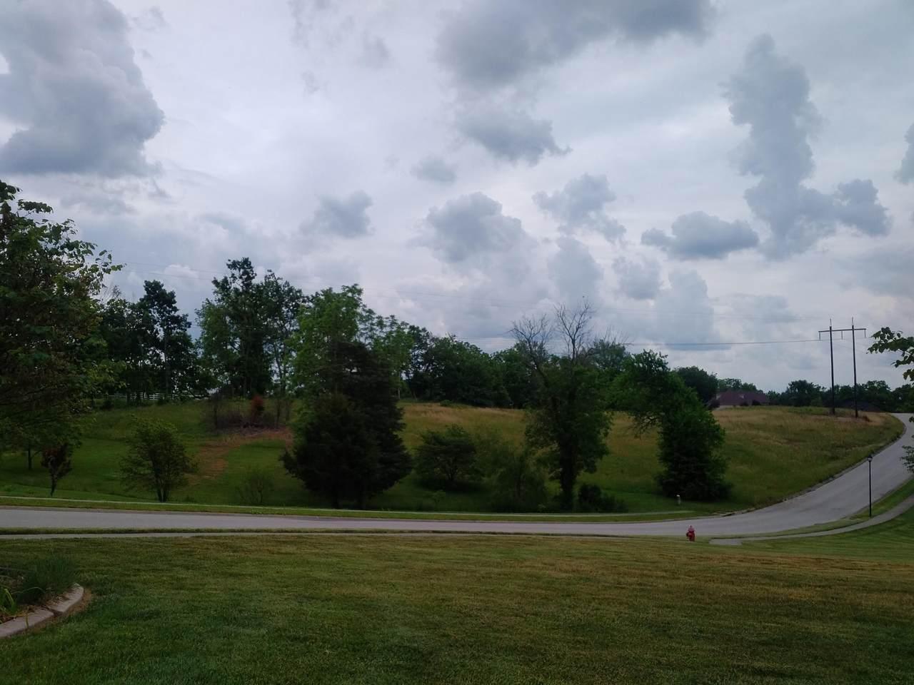 847 Ridge Field Road - Photo 1