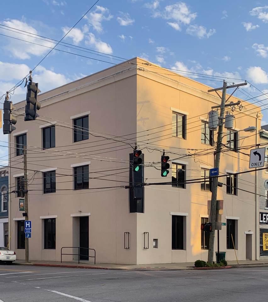 101 Pike Street - Photo 1
