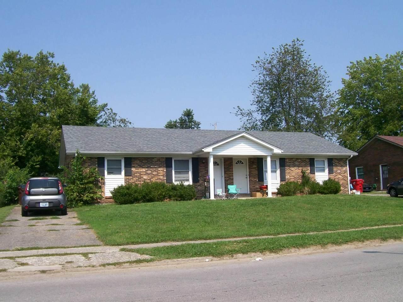 319 Edgewood Drive - Photo 1