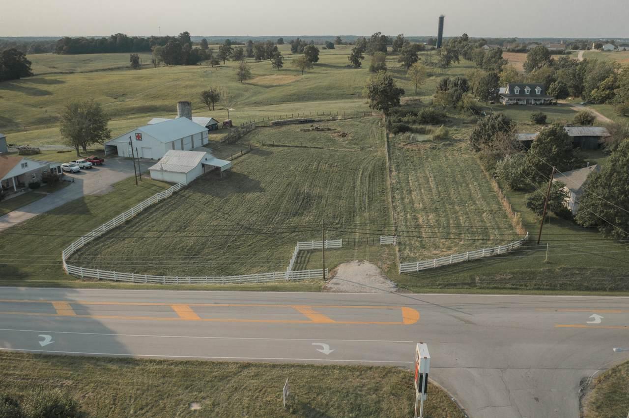 1280 Fox Creek Road - Photo 1