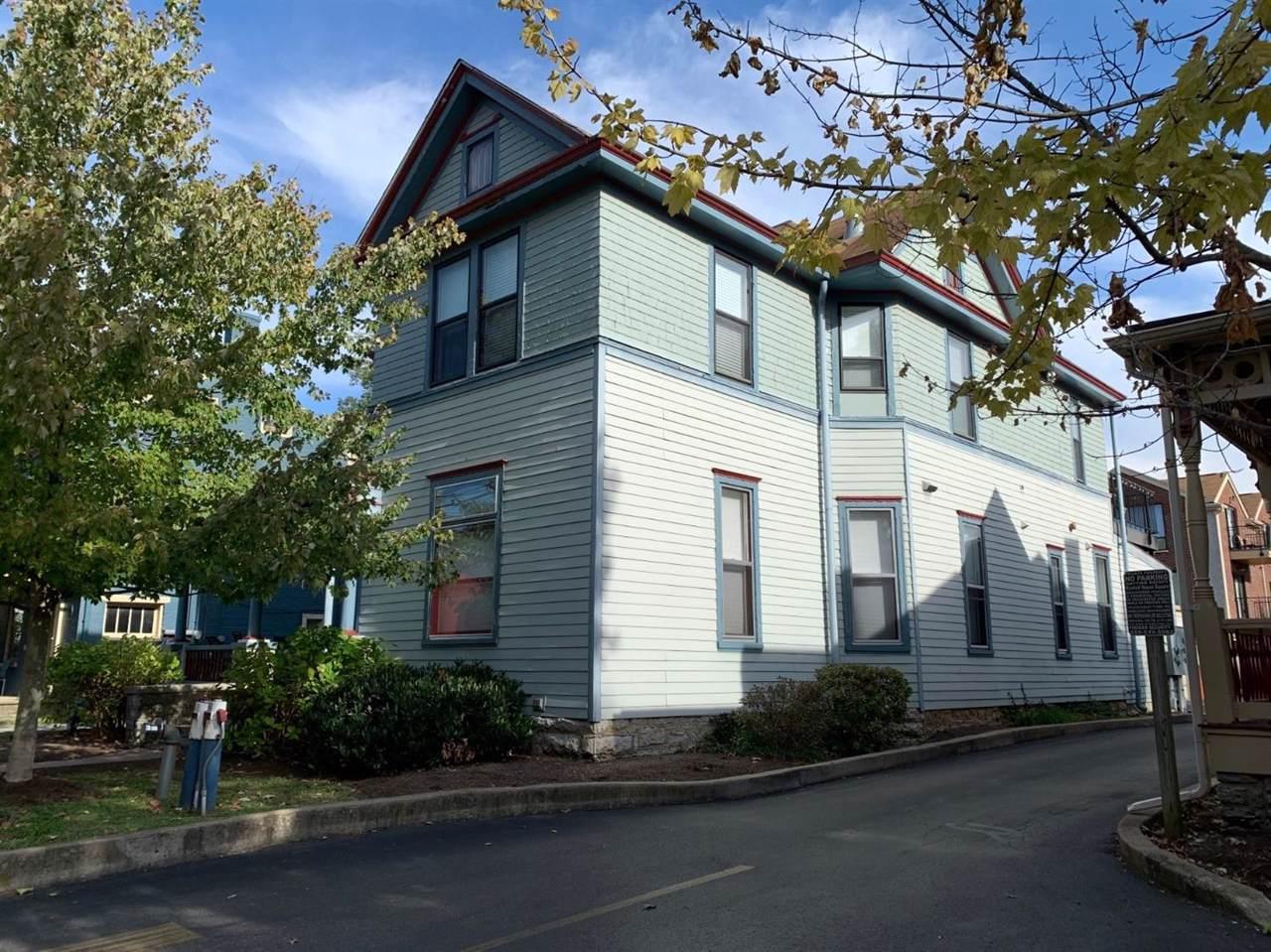 372 Upper Street - Photo 1