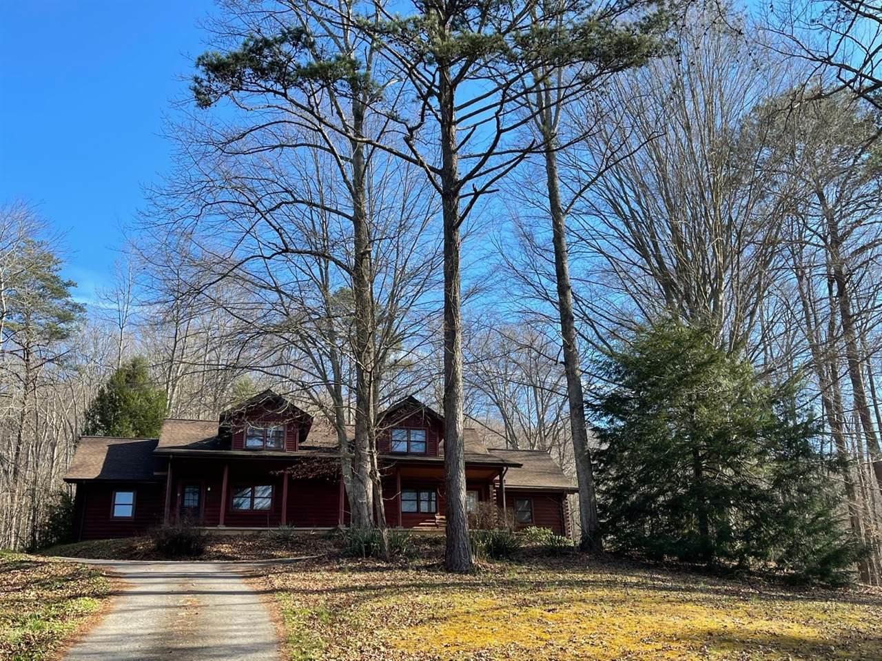 126 Charter Oaks Drive - Photo 1