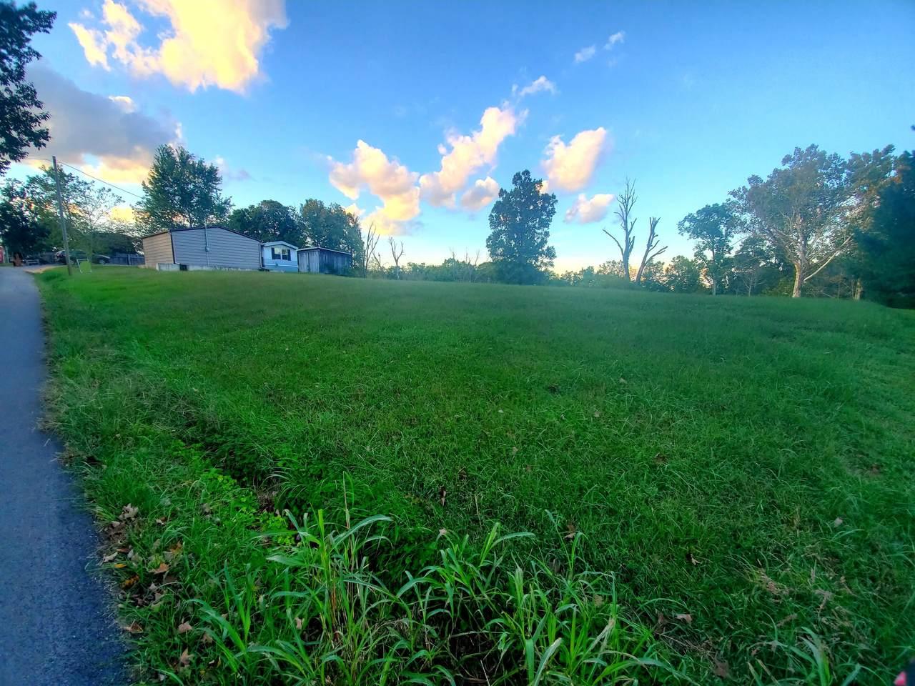 2390 Crowe Ridge Rd - Photo 1