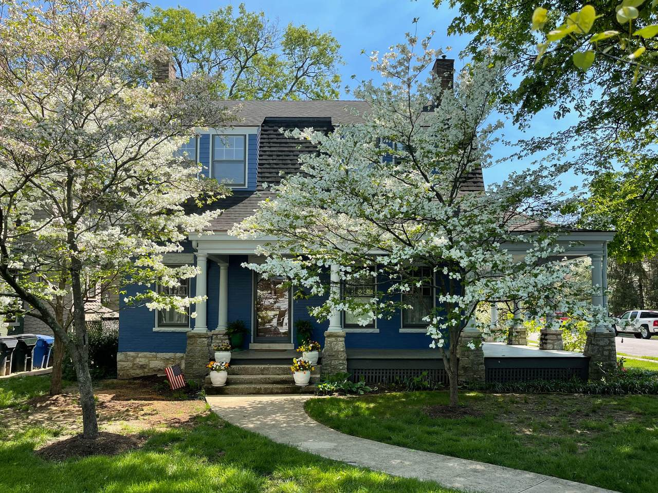 136 Forest Avenue - Photo 1