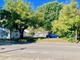 613 Main Street - Photo 2