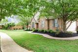 1366 Clubhouse Ln - Photo 4