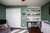 916 Andover Green - Photo 36