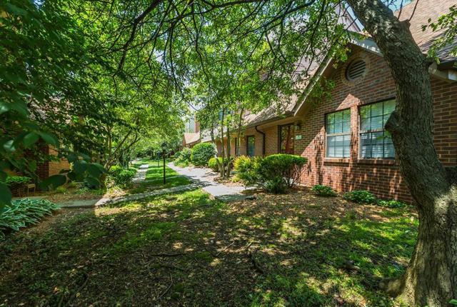 3441 Laredo Drive, Lexington, KY 40517 (MLS #1811097) :: Gentry-Jackson & Associates