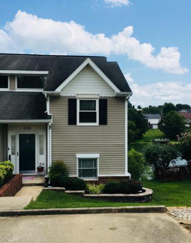 306 Village Drive, Frankfort, KY 40601 (MLS #1818025) :: Nick Ratliff Realty Team
