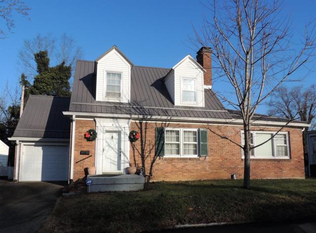 4 Ashmore Drive, Frankfort, KY 40601 (MLS #1900307) :: Sarahsold Inc.