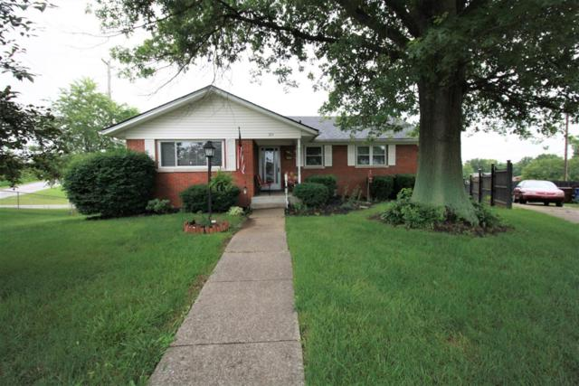 216 W Clark Drive, Winchester, KY 40391 (MLS #1913873) :: The Lane Team