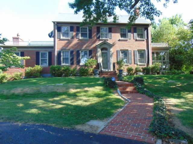 823 Mooreland Avenue, Harrodsburg, KY 40330 (MLS #1918685) :: Nick Ratliff Realty Team