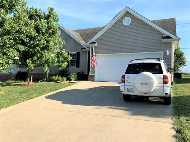 124 Augusta Drive, Mt Sterling, KY 40353 (MLS #20013203) :: The Lane Team