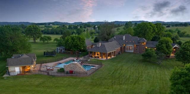 910 Irvin Road, Danville, KY 40422 (MLS #20013613) :: Better Homes and Garden Cypress