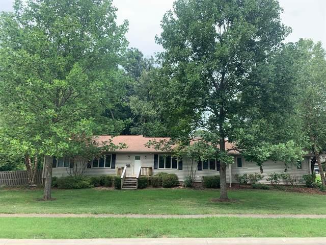 3301 Lansdowne Drive, Lexington, KY 40502 (MLS #20017407) :: Robin Jones Group