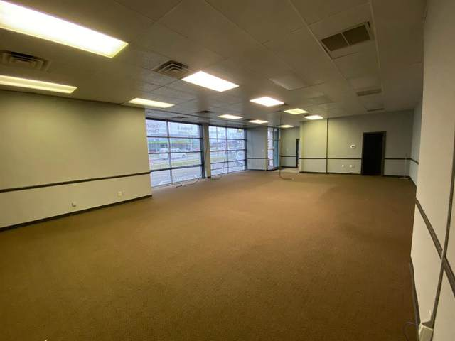 1018 E New Circle Road #102, Lexington, KY 40505 (MLS #20103191) :: The Lane Team